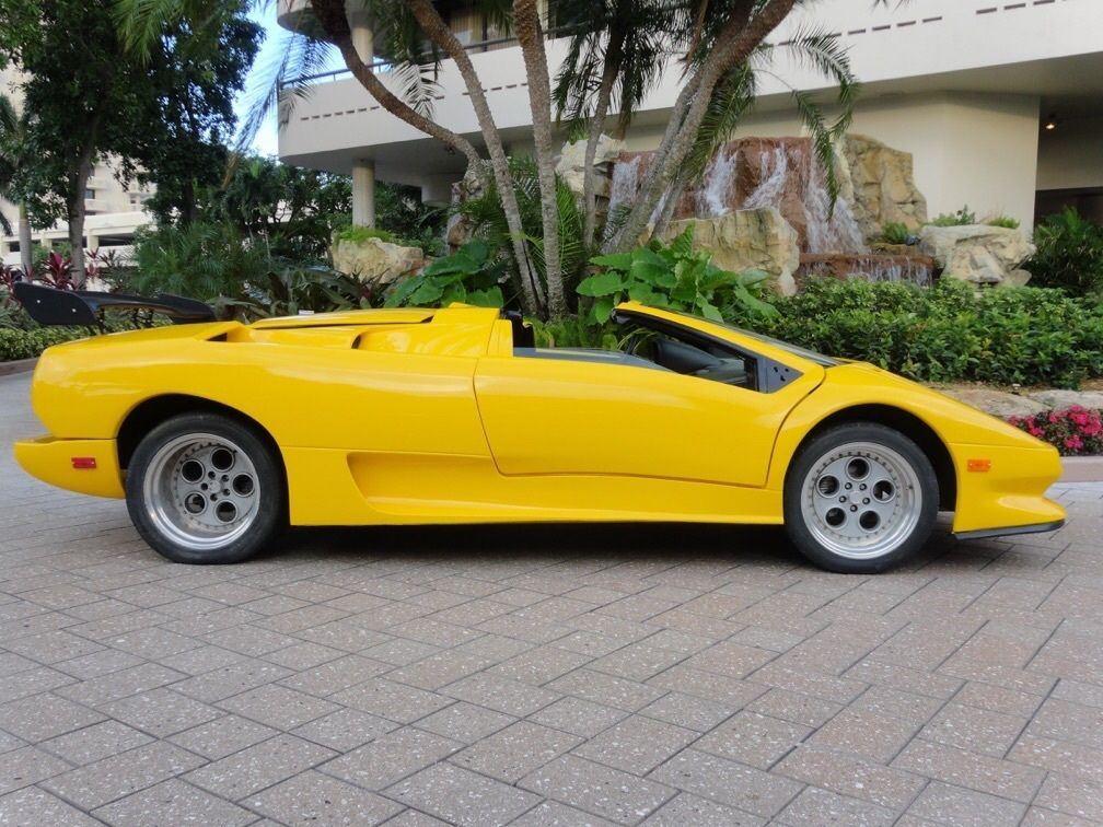 1986 Wide Body Lamborghini Diablo Roadstear Replica For Sale