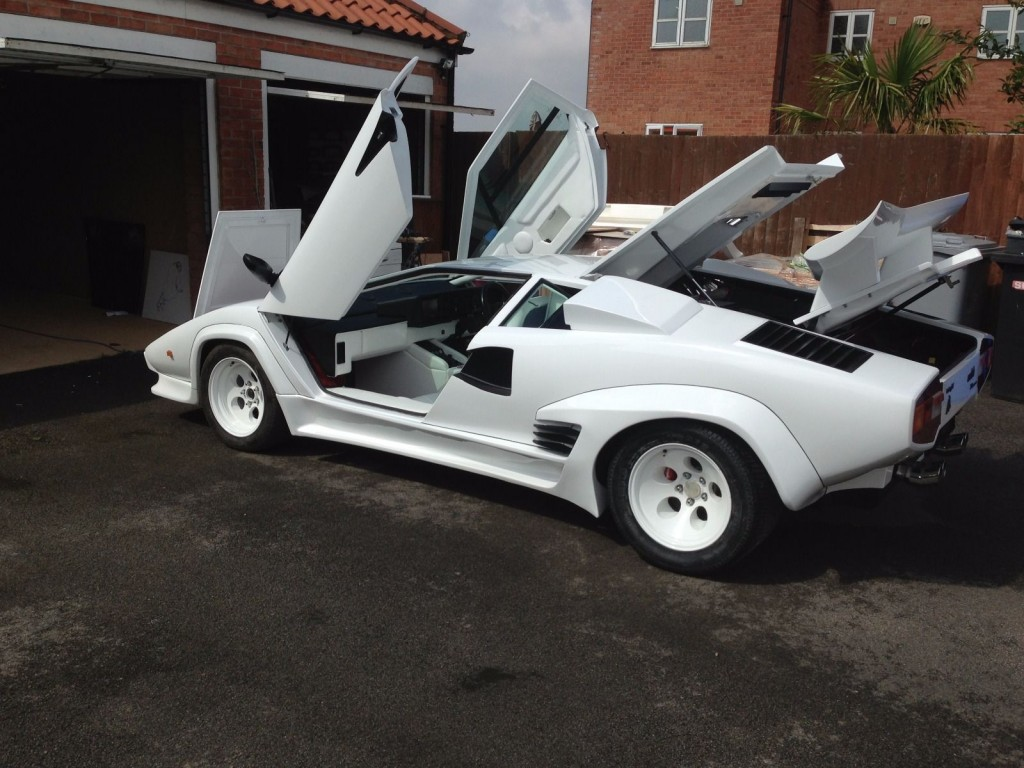 lamborghini countach 5000qv replica for sale. Black Bedroom Furniture Sets. Home Design Ideas