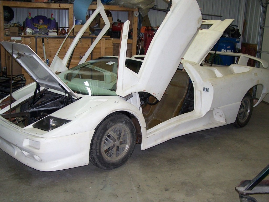 1987 Lamborghini Diablo Roadster Replica Kit Car For Sale