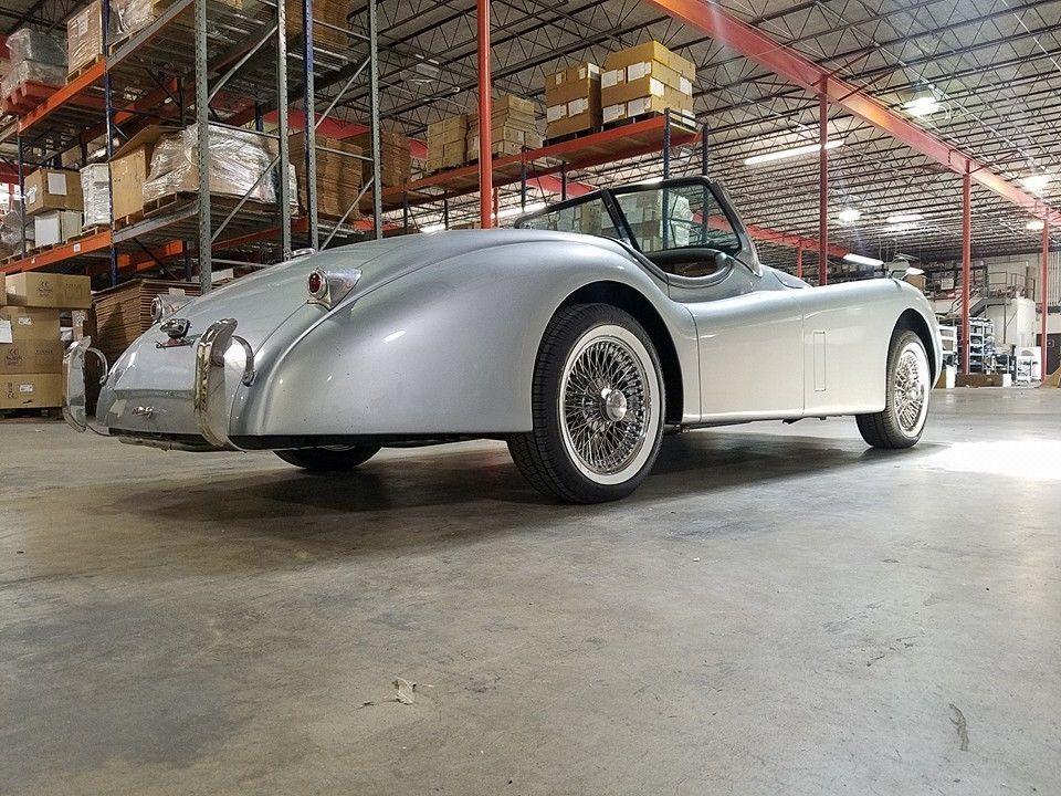 1952 Jaguar XK 120 Roadster replica