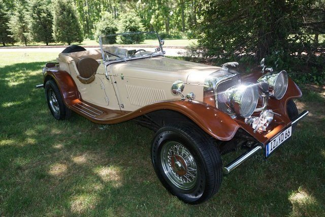 Stylish 1936 Jaguar Ss100 Convertible Replica For Sale