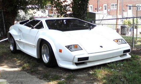 needs TLC 1988 Lamborghini Countach S5000 replica for sale