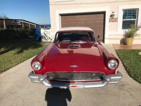 Daytona pace car 1957 Ford Thunderbird replica for sale