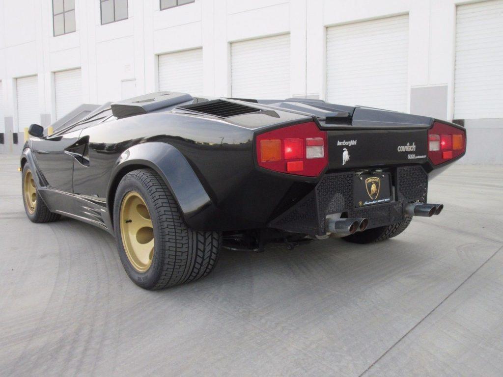 New Paint 1992 Lamborghini Countach Replica For Sale