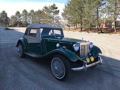 Clean 1952 MG TD London Roadster Replica for sale
