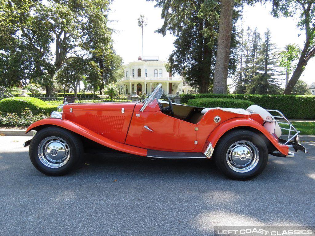 classic 1952 MGTD Replica