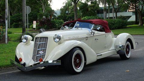 classic oldtimer 1936 Auburn BOAT TAIL SPEEDSTER Replica for sale
