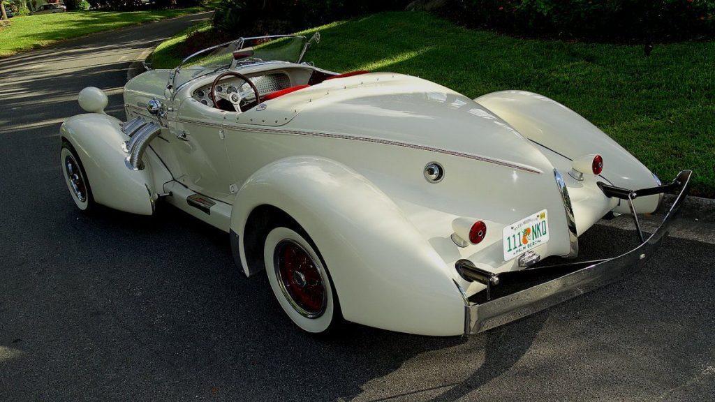 classic oldtimer 1936 Auburn BOAT TAIL SPEEDSTER Replica