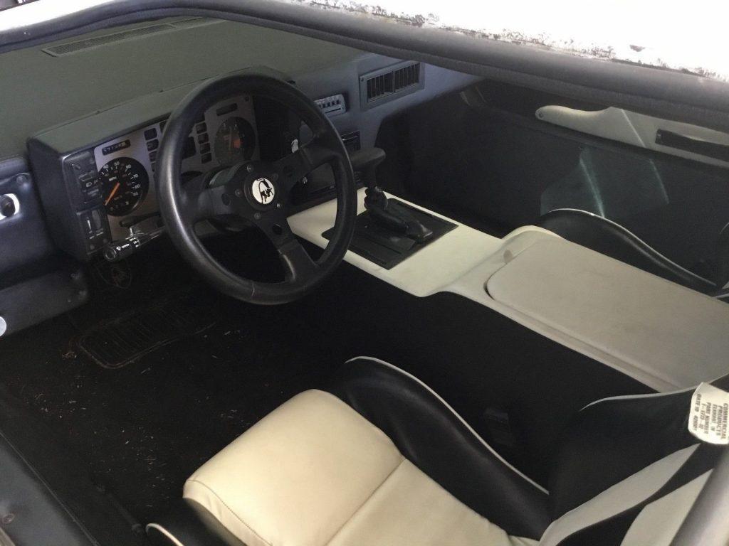needs detailing 1984 Lamborghini Countach Replica