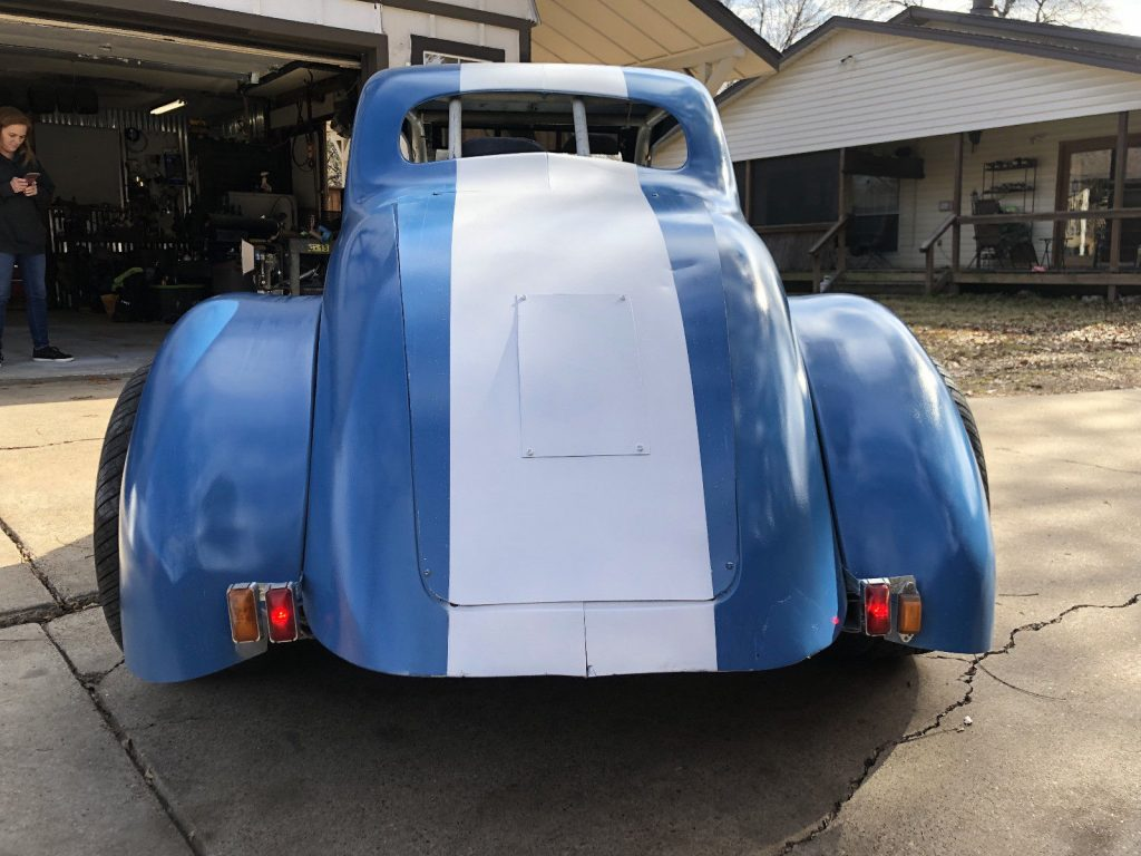 fon to drive 1934 Chevrolet coupe Replica