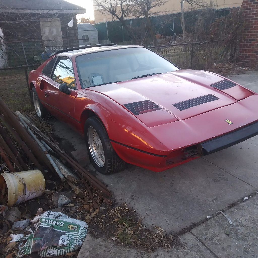 needs work 1986 Ferrari 308 Replica