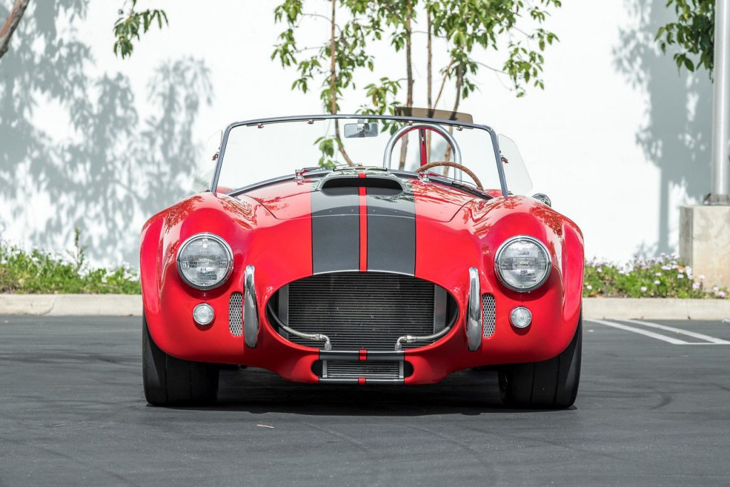 sharp 1965 Shelby Cobra MKIII Replica