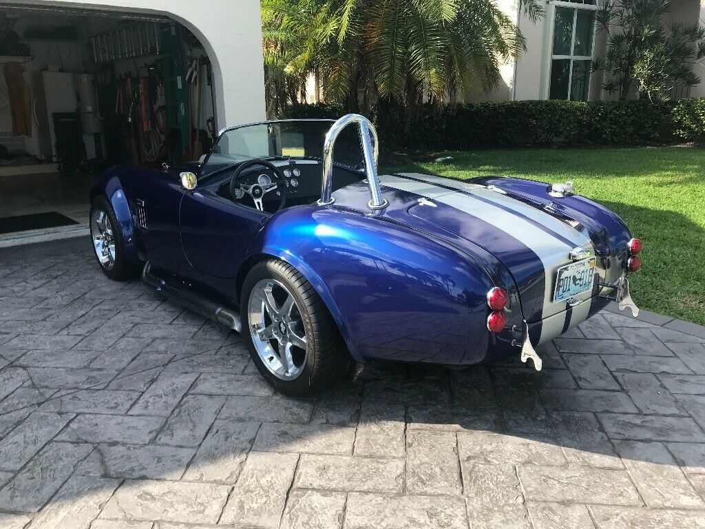 extremely fast 1965 Shelby Cobra MKIII Replica