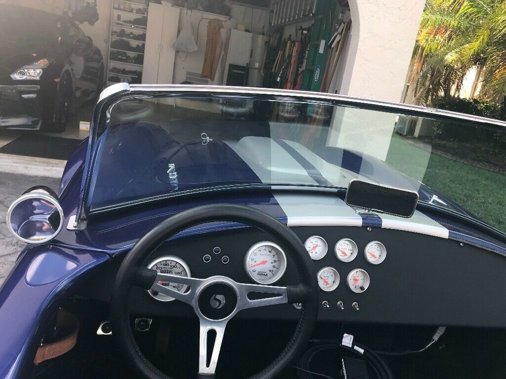 extremely fast 1965 Shelby Cobra Replica