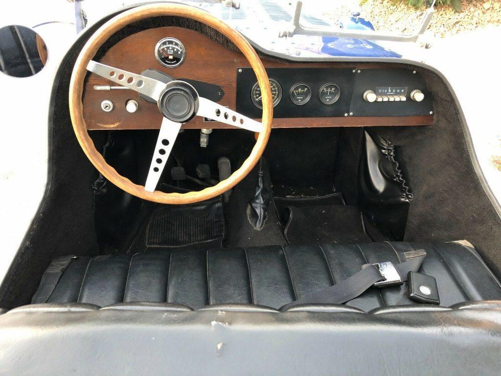 nice 1927 Bugatti R35 replica