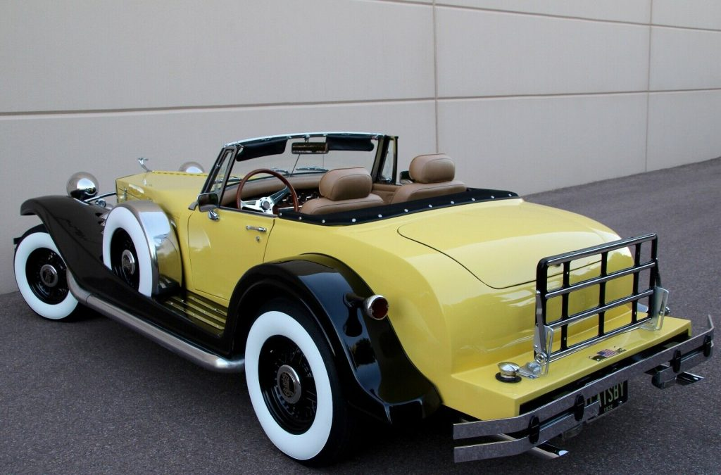 low miles 1932 Auburn Esque Style Cabriolet Replica