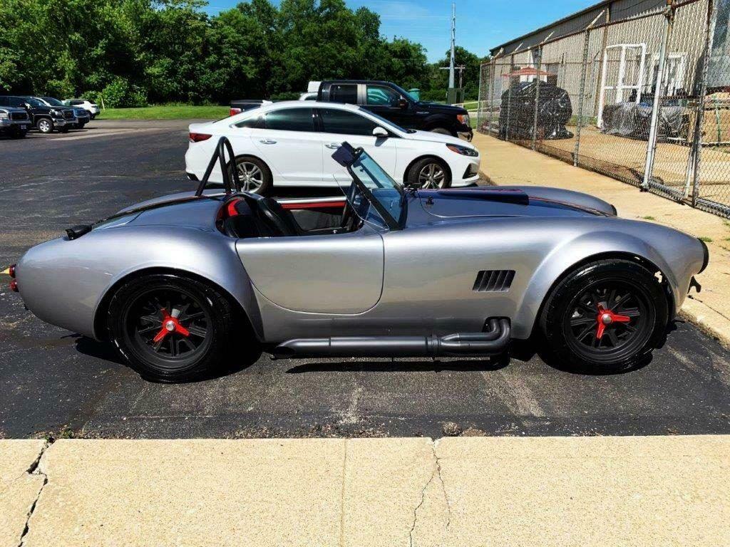 awesome build 1965 Shelby Cobra Replica