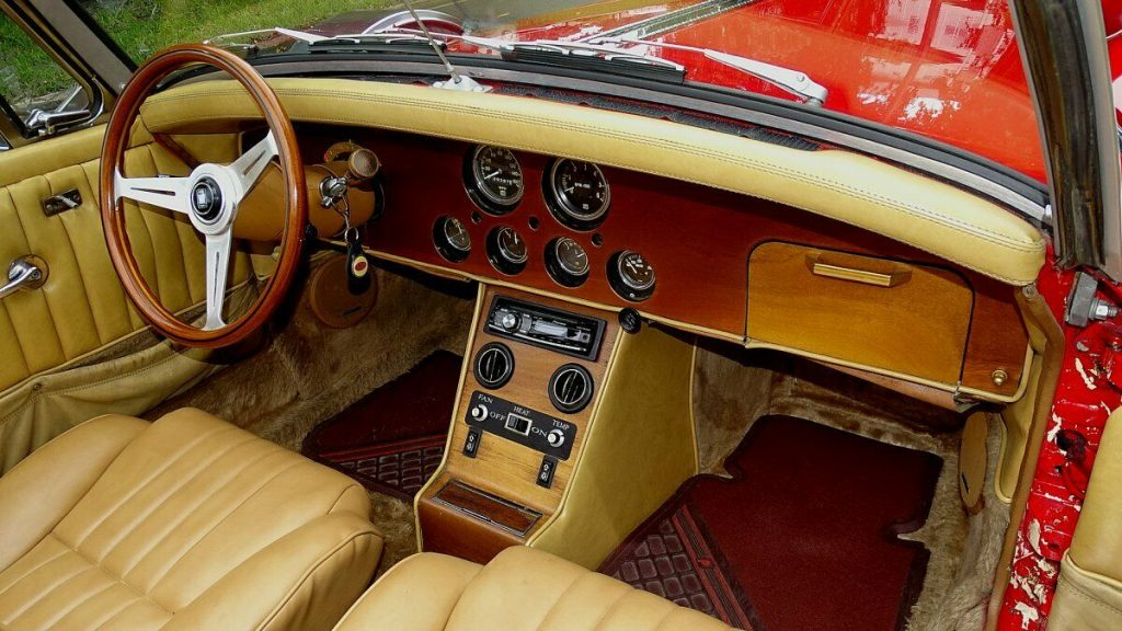 luxurious 1984 Johnson Presidentail Roadster Replica