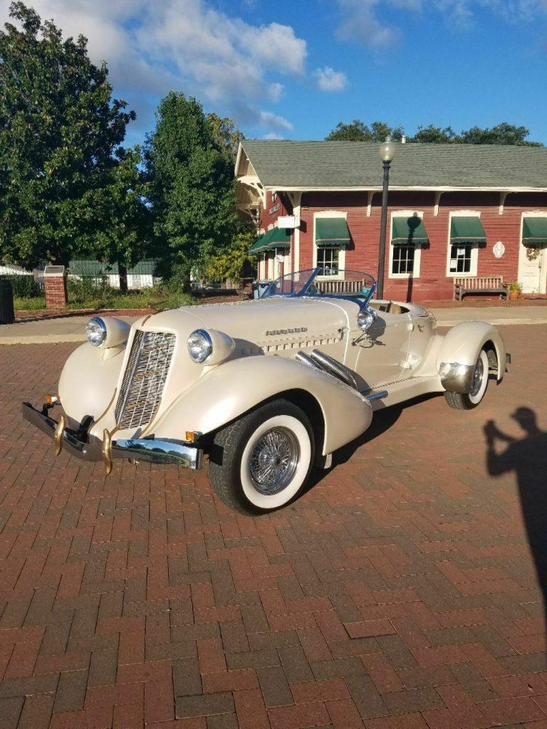 unique 1935 Auburn 851 Speedster Replica
