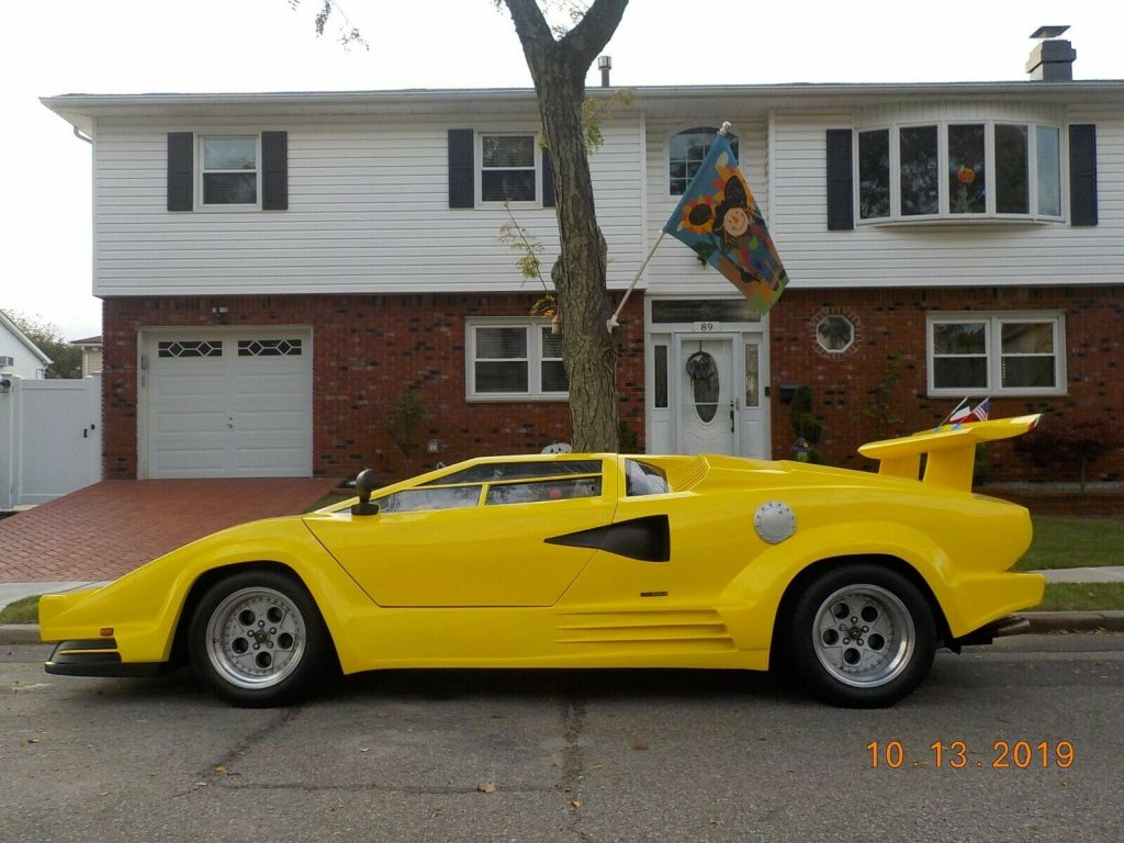 very nice 1988 Lamborghini Countach Replica