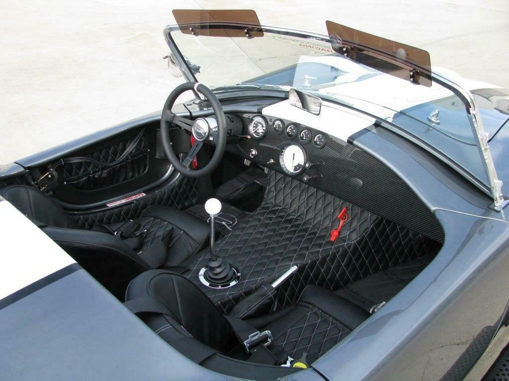 awesome 1965 Shelby Cobra Roadster Replica