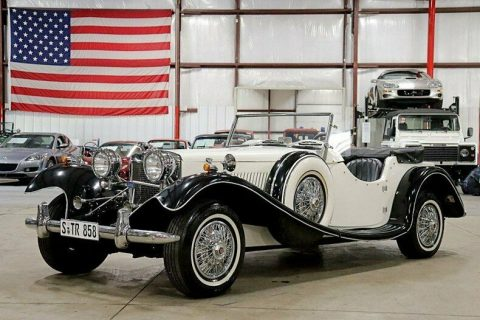 very nice 1939 Jaguar Ss100 replica for sale